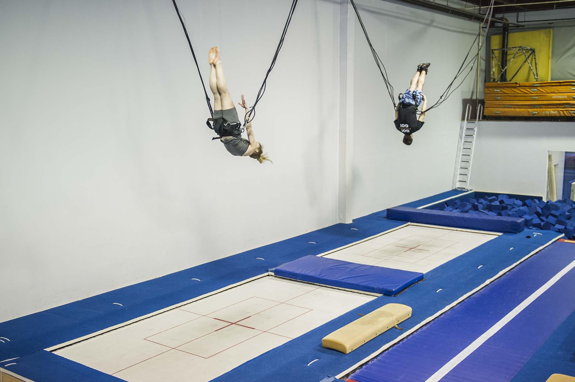 05-studiostudioacrobatique-trampoline-min